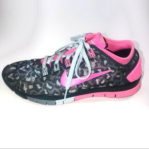 Nike Women's Free TR Connect 2, Pink & Gray, Sz 5